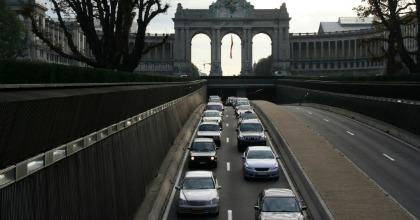 Mercato auto: il settore dei privati continua a soffrire
