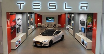 Tesla: no ai dealer negli Usa, meglio la vendita diretta