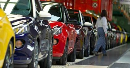 Mercato dell'auto 2019, a maggio è di nuovo calo: quanto contano ecotassa e ecobonus?
