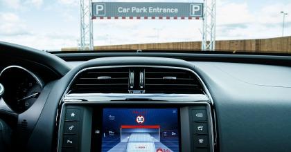 Auto connesse e autonome, anche Jaguar Land Rover ci prova