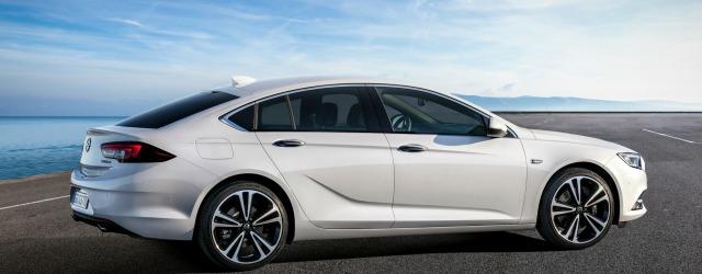 nuova Opel Insignia 2017 prova concessionari