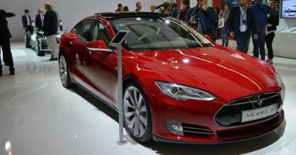 Auto elettriche: boom di ricerche in Europa, anche in Italia (+50%)