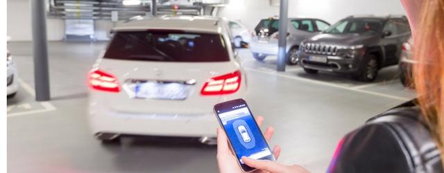 Salone di Francoforte 2017 parcheggio autonomo smartphone