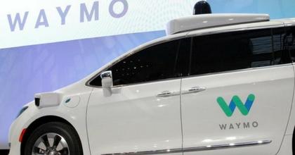 Guida autonoma: Google partner del dealer americano AutoNation