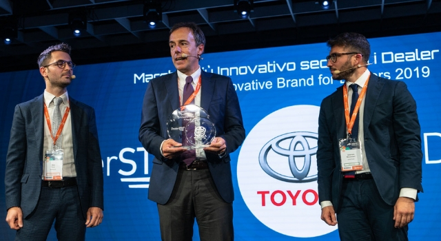Secondo l'indagine DealerSTAT, Toyota è la casa automobilistica più innovativa per i dealer ad ADD 2019