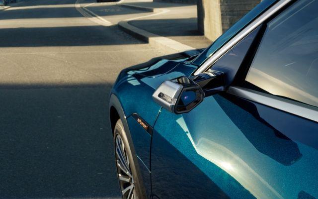 Specchietti retrovisori digitali su Audi e-tron