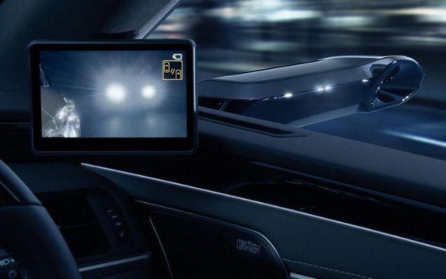 Specchietti retrovisori digitali, quali sono i vataggi e gli svantaggi