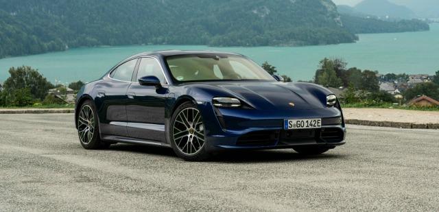 lancio nuova Porsche Taycan concessionari italiani