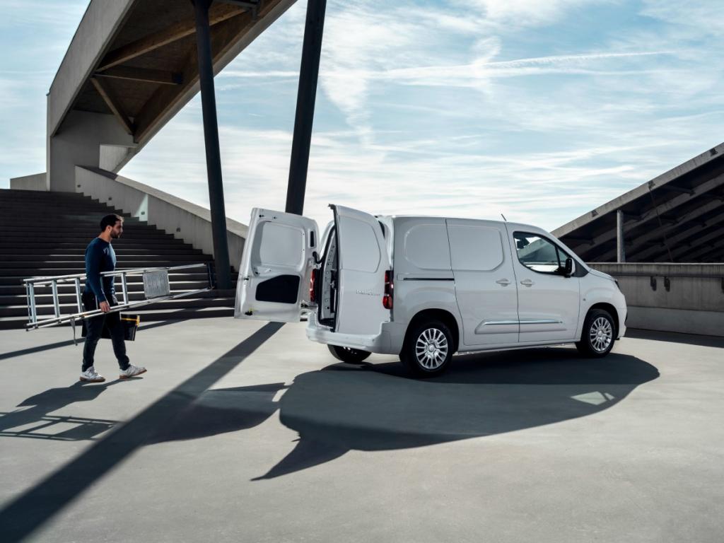 Toyota Professional: concessionari e veicoli commerciali, un binomio vincente