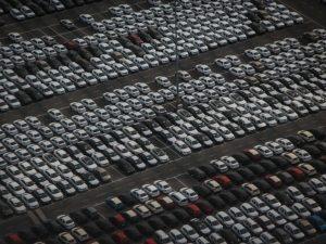 Mercato auto: continua il calo del diesel