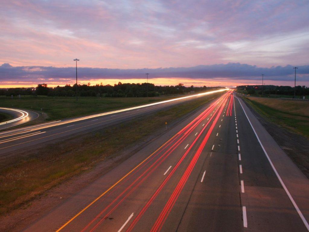 Mercato auto: gennaio 2020 si tinge di rosso