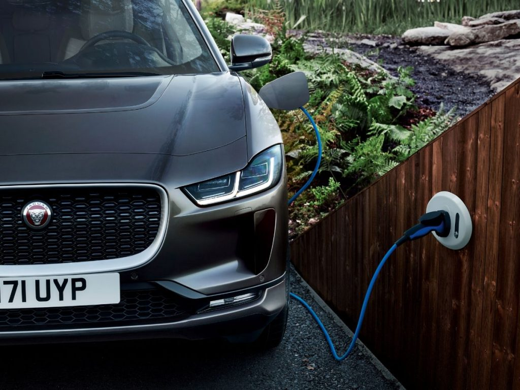 Nuova Jaguar I-Pace: i dealer propongono l'electric customer experience a 360°