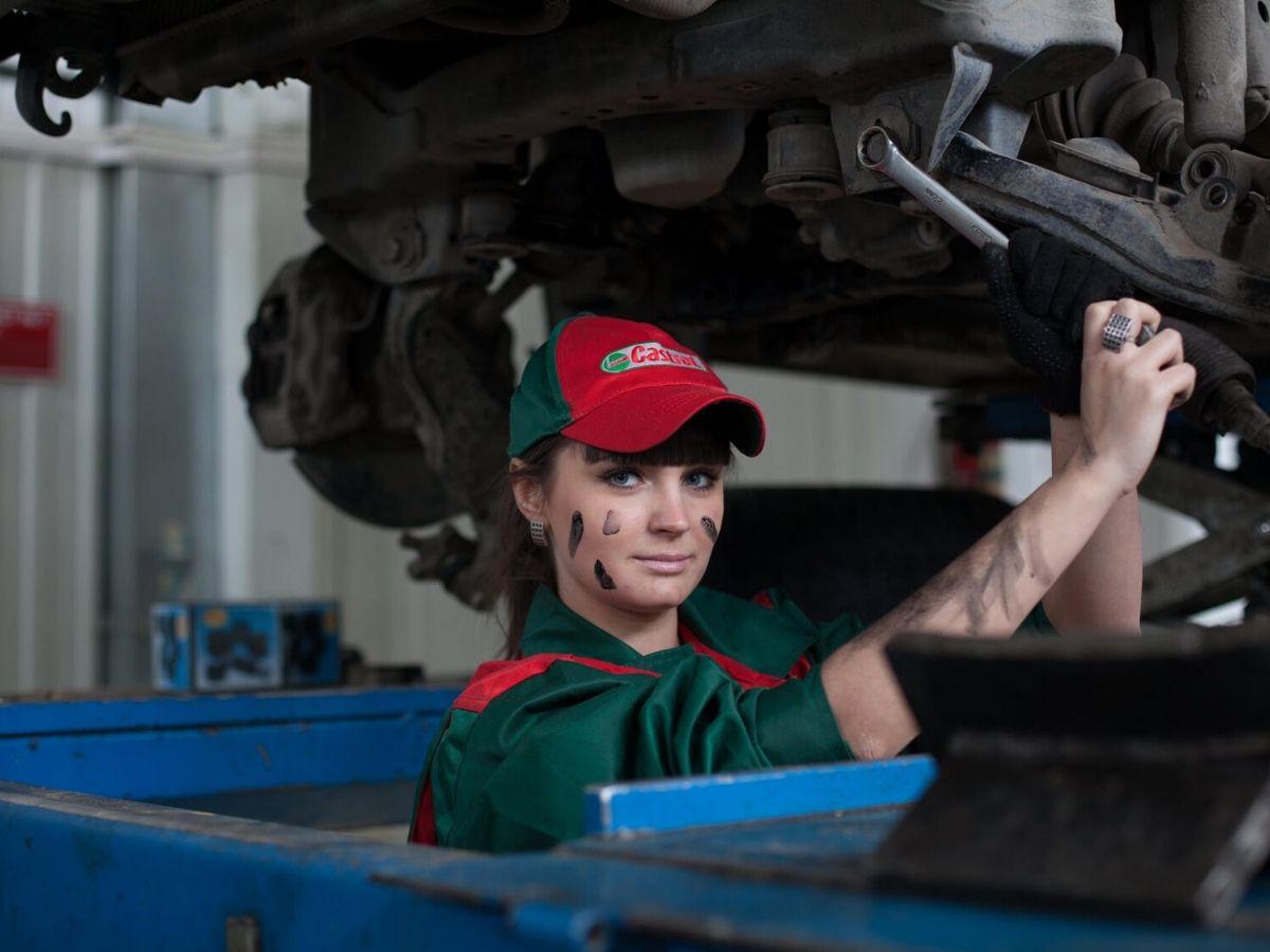 Qual è l'influenza delle donne sull'offerta e sulla produzione del settore automotive?