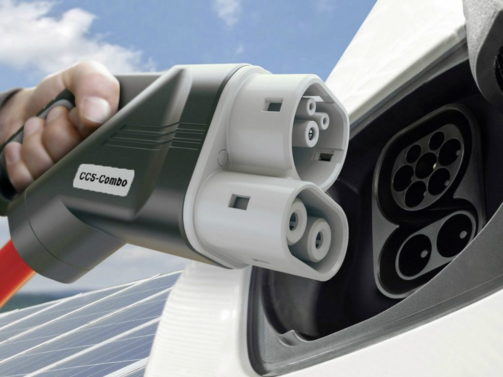 Auto elettriche e ibride: una crescita esponenziale in tutta Europa