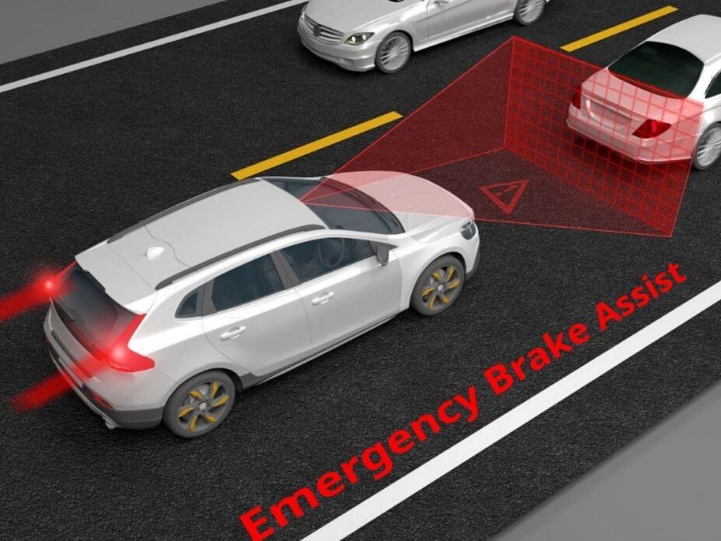 Volvo: un sistema a infrarossi per evitare incidenti