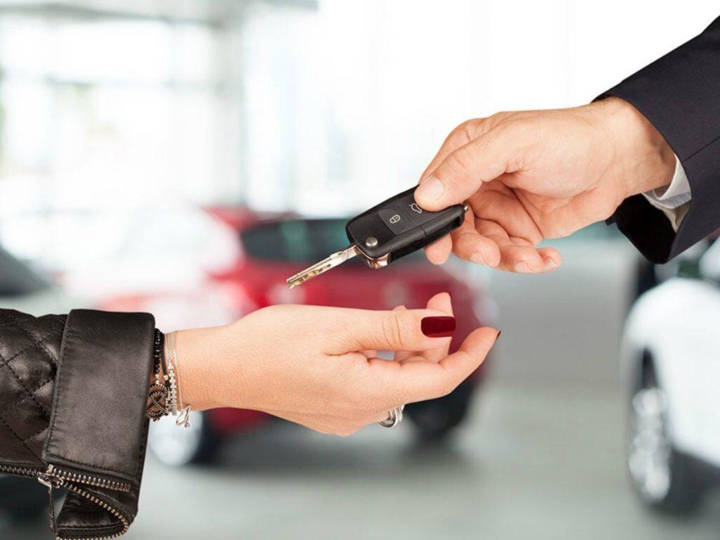 Qual è il momento migliore per acquistare un'auto?