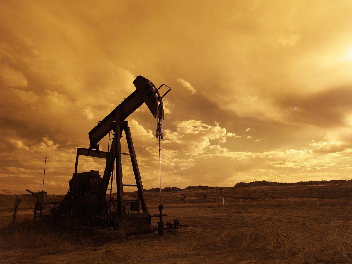 Quali sono le cuase del crollo del prezzo petrolio?