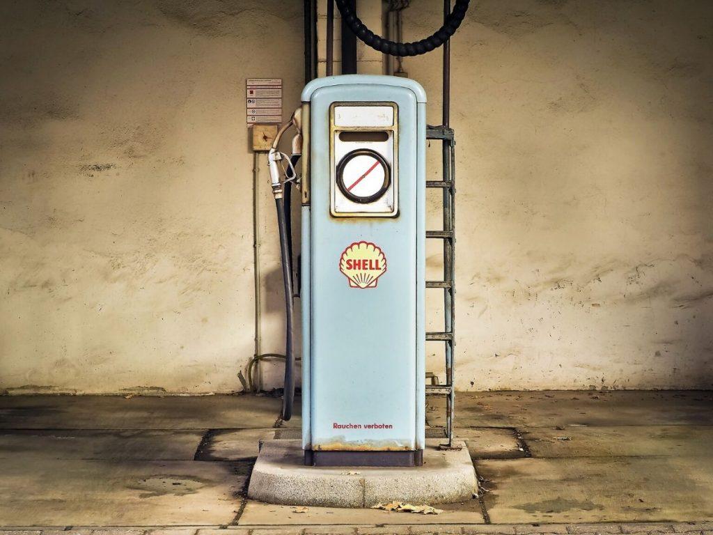 Crolla il prezzo del petrolio: benzinai in sciopero?