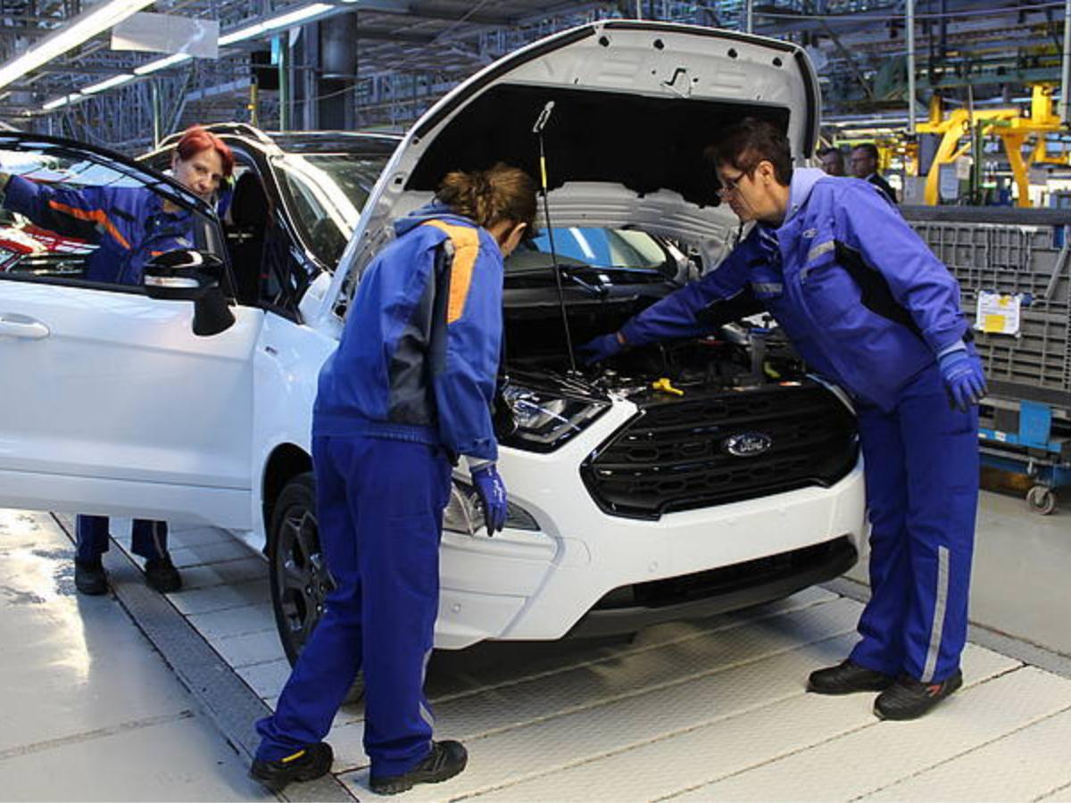 Ford sospende la produzione per l'emergenza Coronavirus