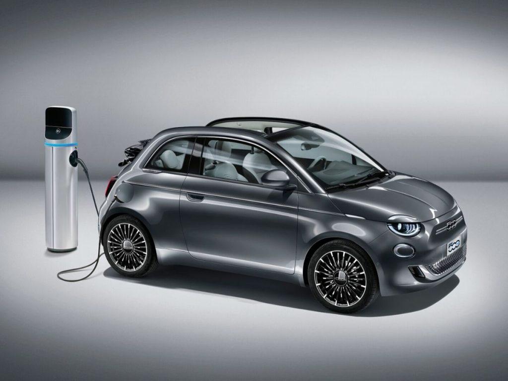 """Nuova Fiat 500 """"La Prima"""" elettrica italiana"""