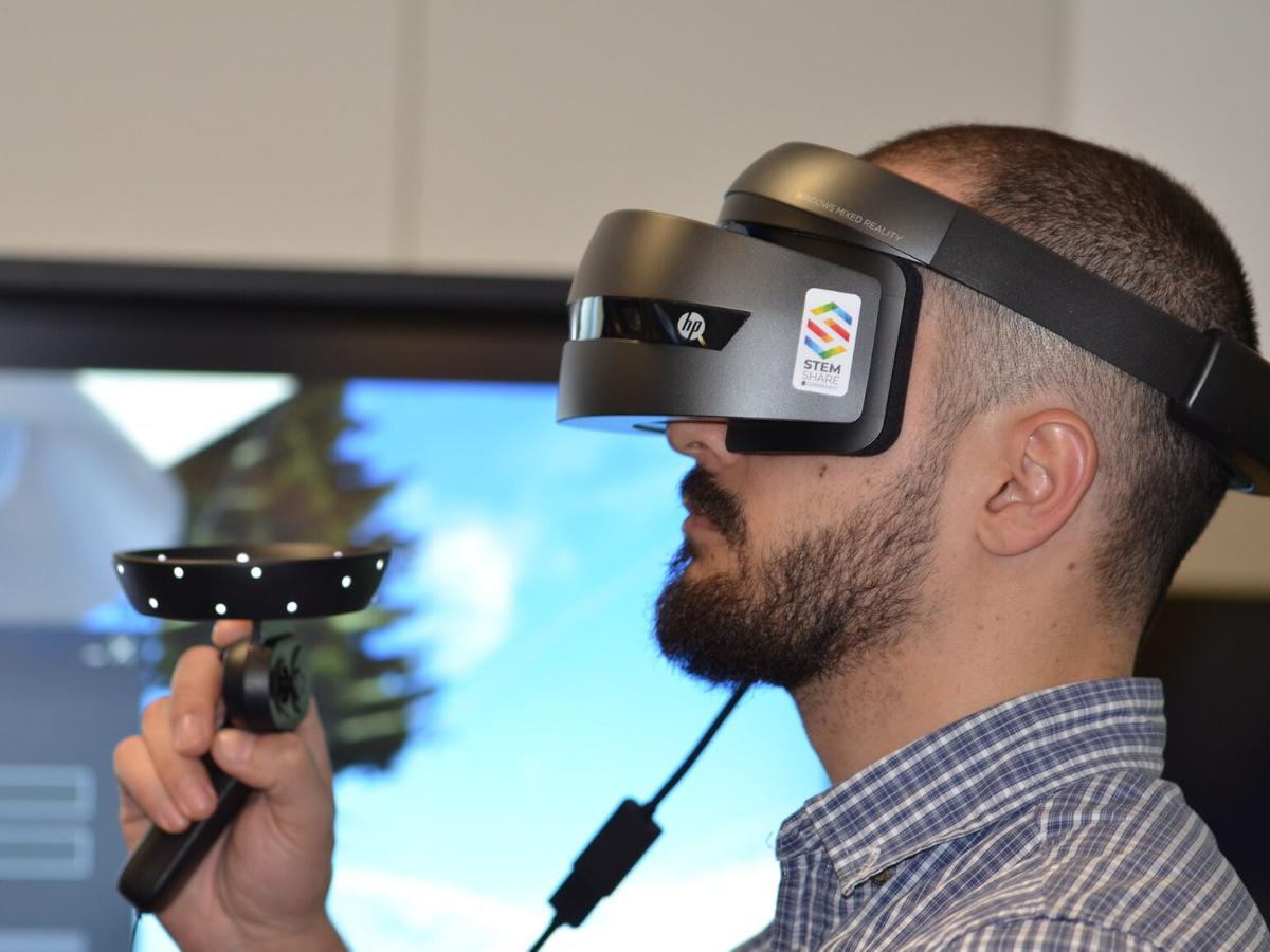 realtà-aumentata-dealer-visore