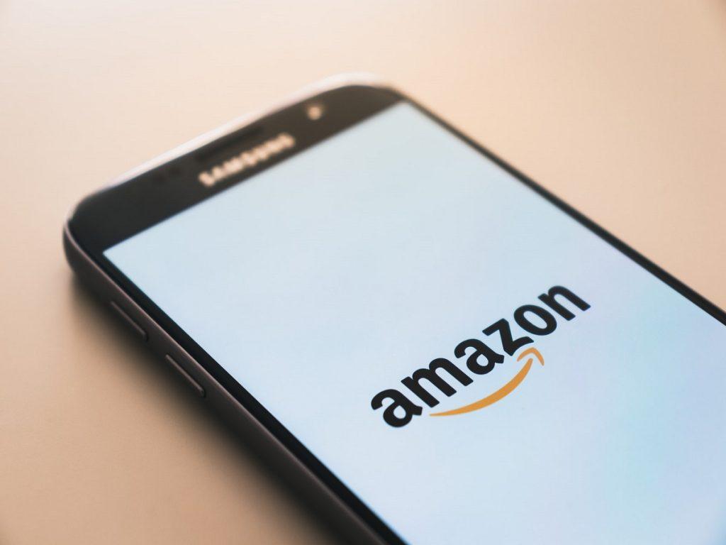4 italiani su 10 sono pronti all'acquisto online, anche su Amazon