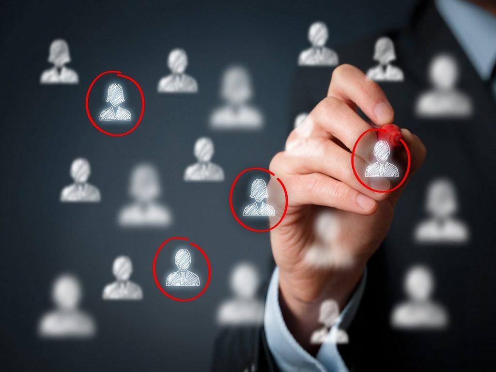 Marketing per dealer: perché basarlo sulla persona e non sul target