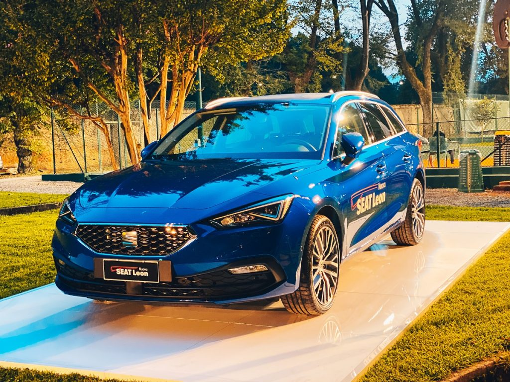 Lombarda Motori punta sulle flotte: presentata la nuova Seat Leon Sportstourer