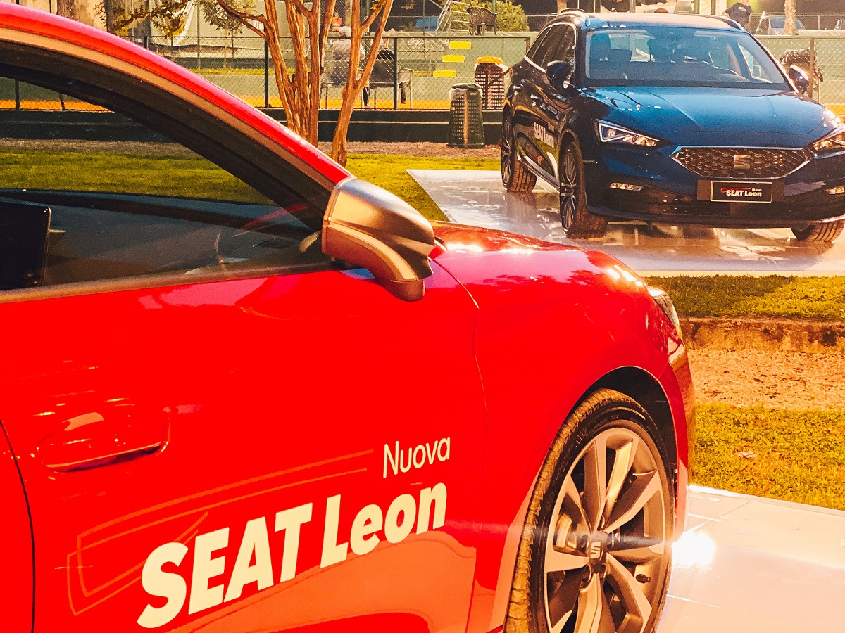 nuova Seat Leon Lombarda Motori