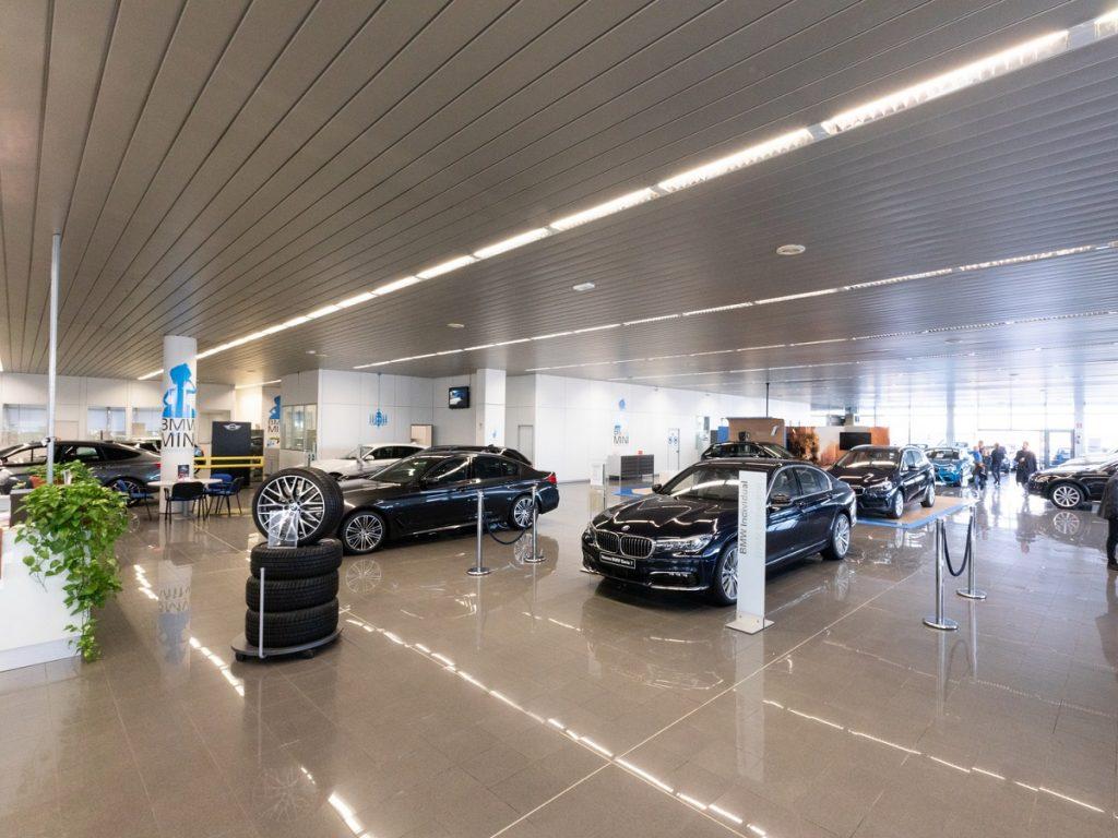 Oggi in vigore il nuovo DPCM, i concessionari auto rimangono aperti