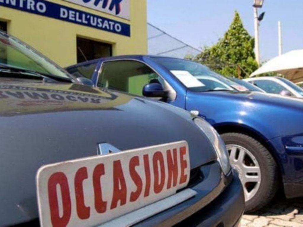 Mercato dell'auto: la prima reazione arriva dall'usato