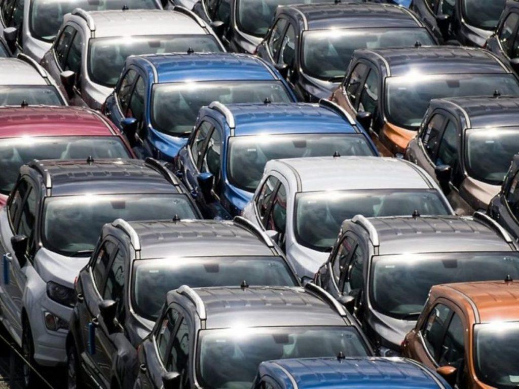 Mercato auto europeo: Italia regina dell'ibrido, ma ancora indietro sull'elettrico