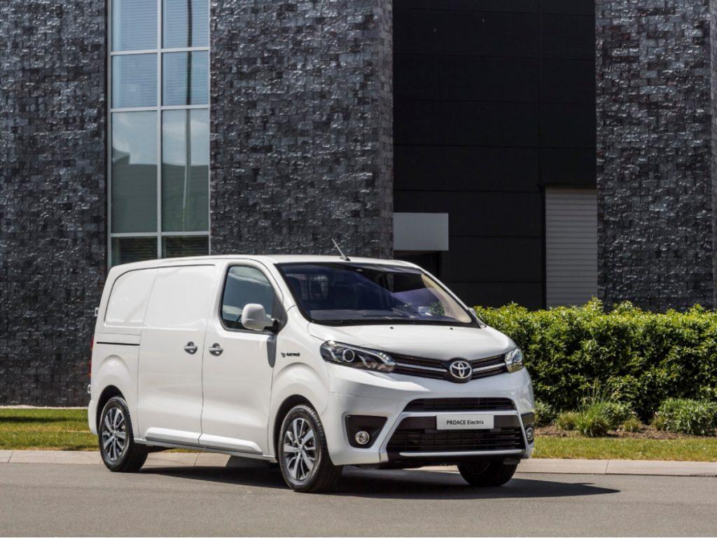 Veicoli commerciali Toyota Professional: la crescita passa dai concessionari