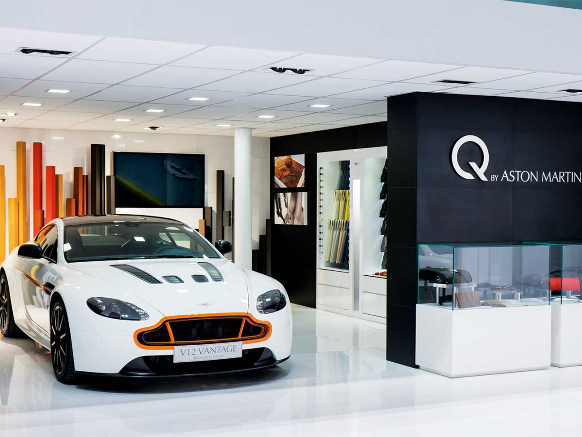 Store Aston Martin