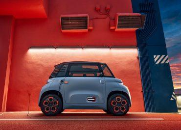 Citroën Ami arriva in concessionaria e sul web