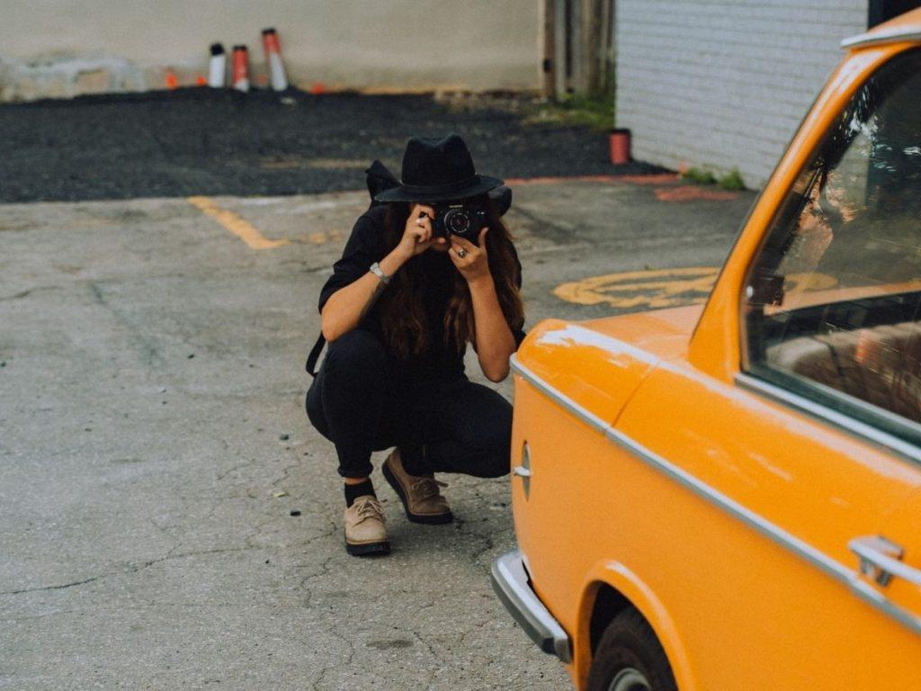 La prima impressione conta, impara a scattare belle foto alle auto in showroom