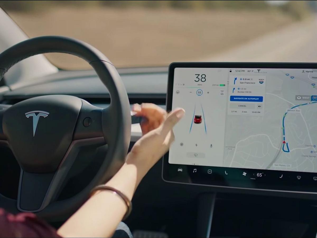 schermo Tesla