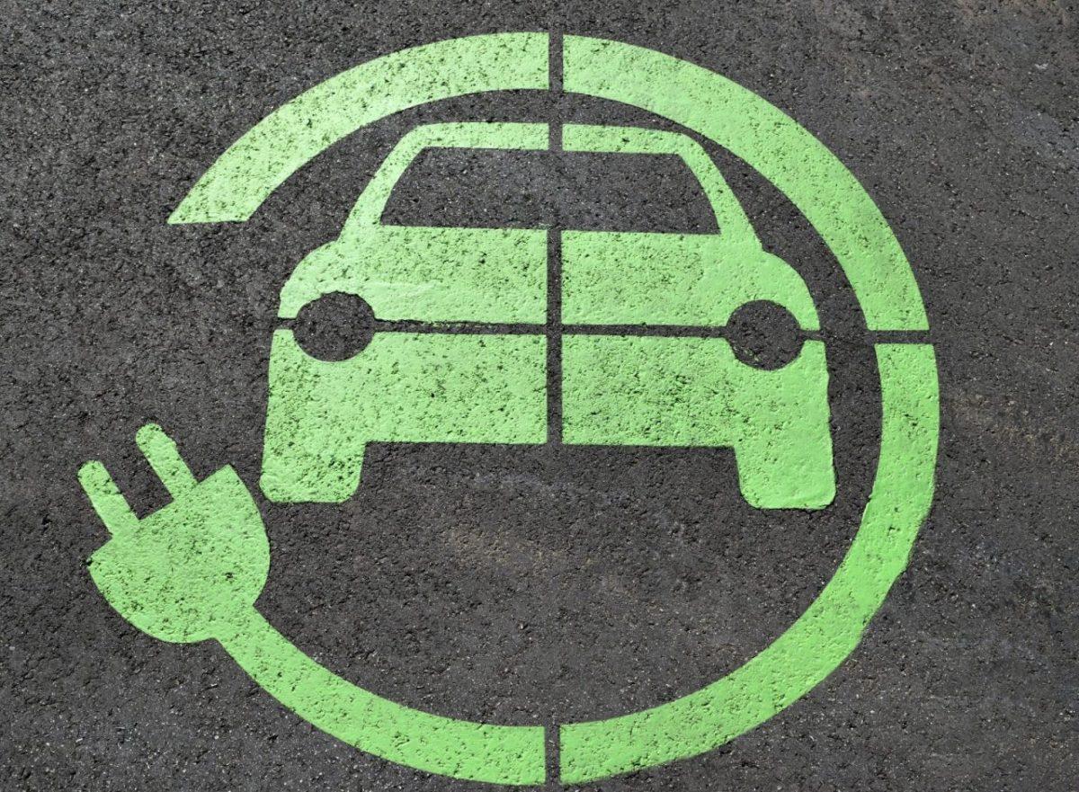 auto elettriche concessionari noleggio lungo termine