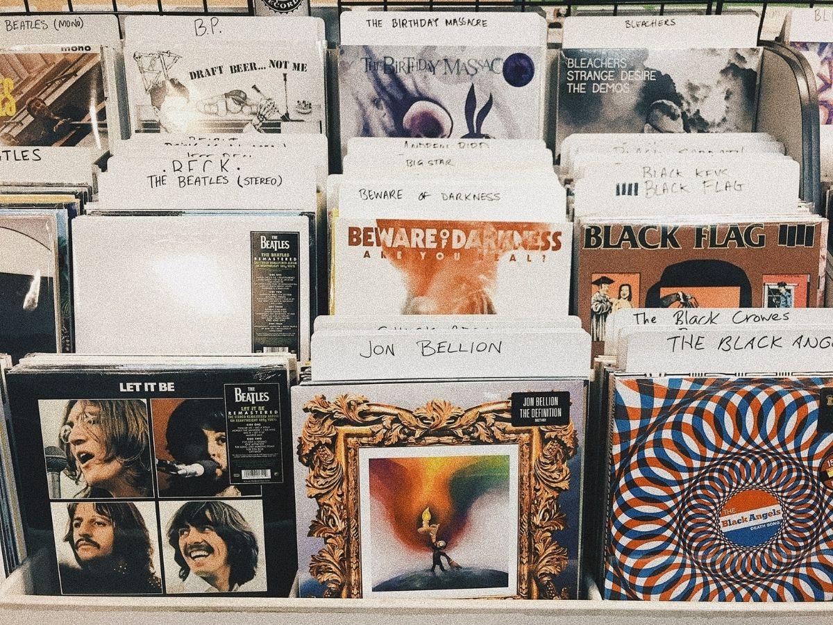 musica-in-negozio-genere